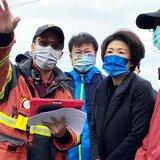 公德心被颱風吹走 賣場推車散落路邊超誇張