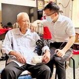 台糖小火車出訪日本橫濱公開展示 駐日代表謝長廷好懷念