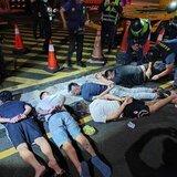 香港革新論》星洲放眼全球,香港只北望神州?